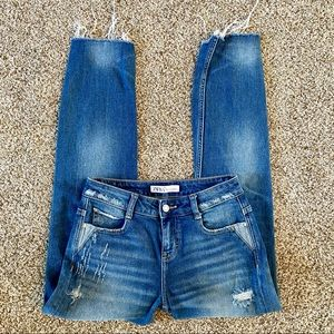 Zara Denim High Rise Skinny Straight Jeans 00